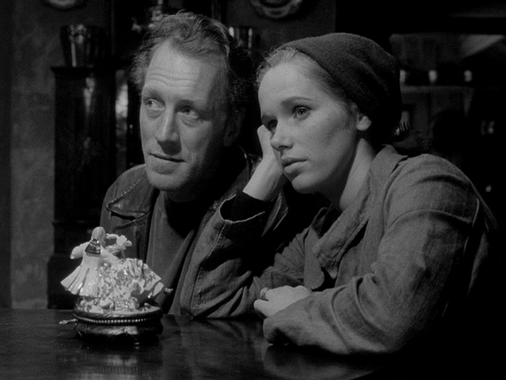 Bergman'ın SKAMMEN'i Üzerine Göstergebilimsel Birİnceleme